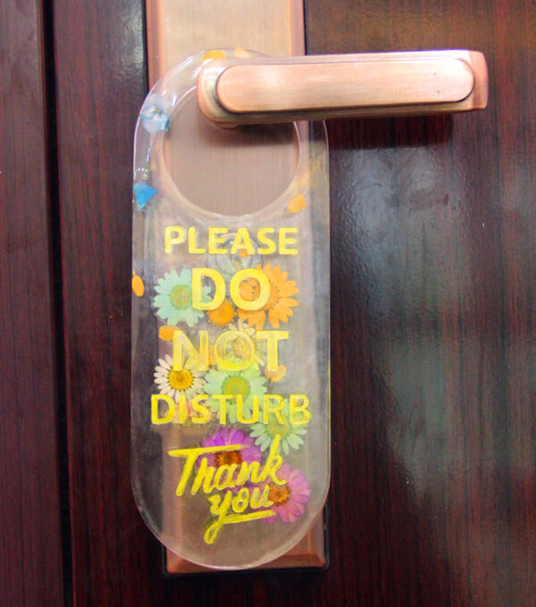 Do Not Disturb Door Hanger Mold 1 - Resintools.co